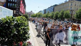 International Demonstration calls for Fur Ban Finland