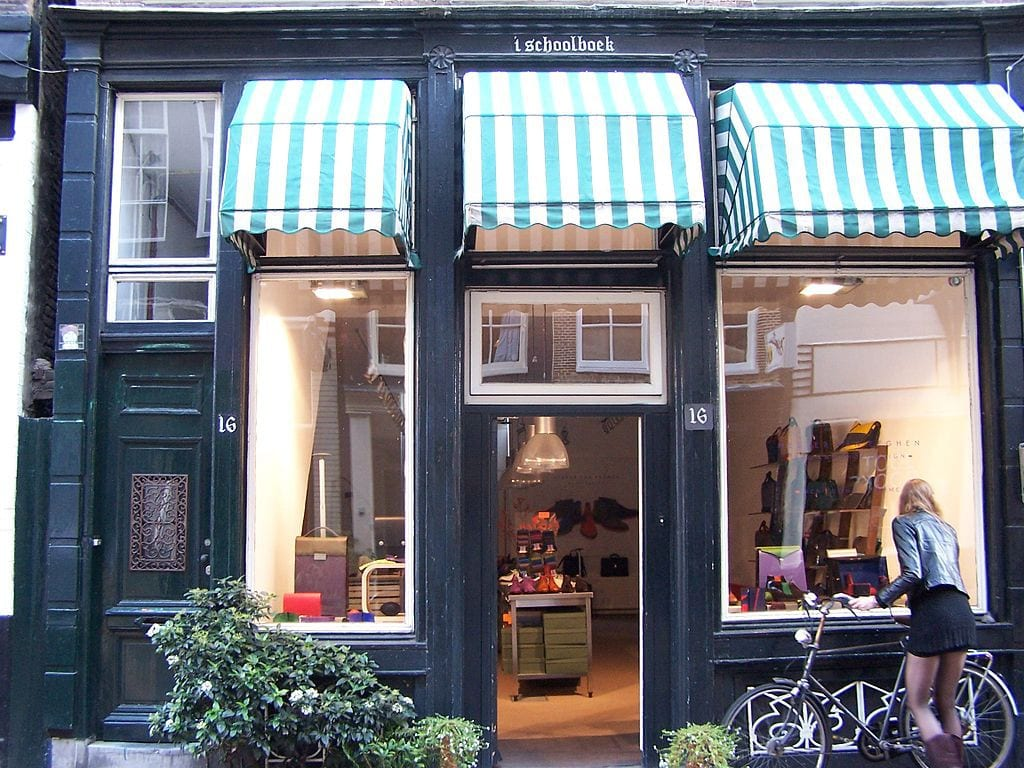 Hartenstraat fur-free shopping street